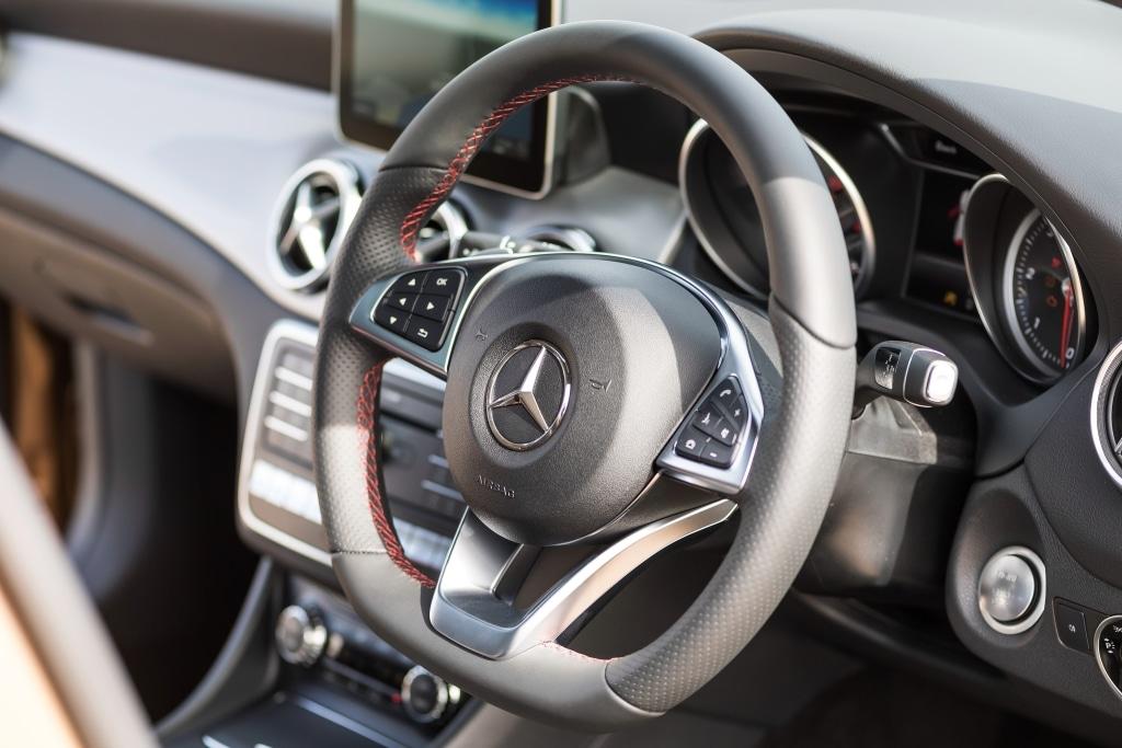 Mercedes Benz GLA 220d AMG 2016