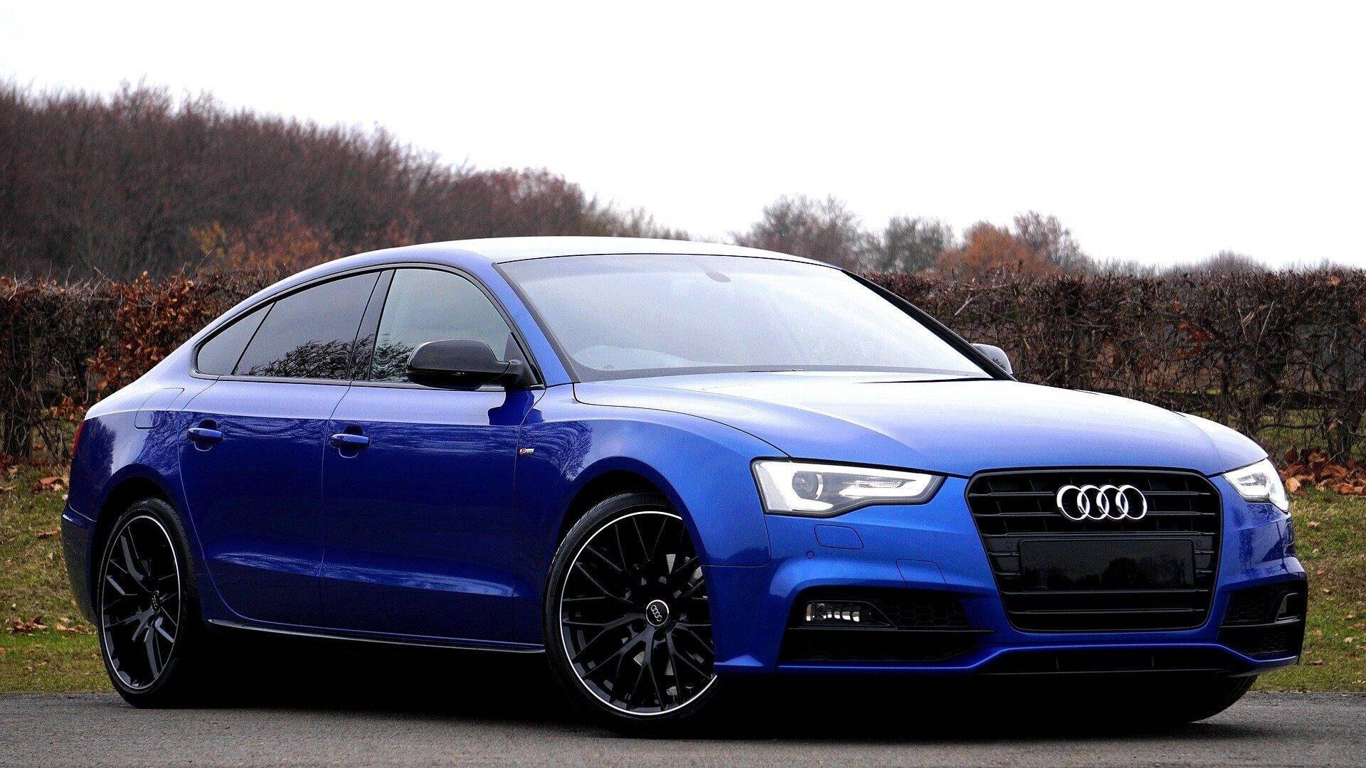 Audi A5 Side View